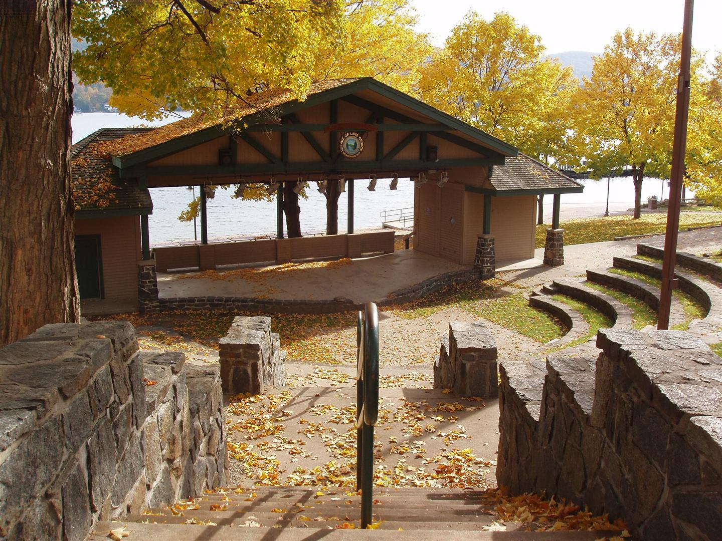 vacation homes for sale Lake George, NY